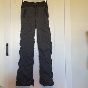 Lululemon lined studio pants long length grey sz 4